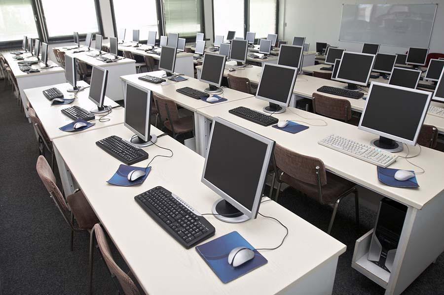 Format-training-group-computer-class